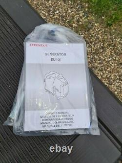 Honda EU10I 1.0kw Portable Generator nearly new 2 hours on the clock with manual