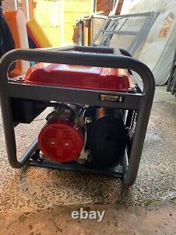 Générateur D'essence Powerking Pkb5000lr 3200w 4.0va 7 HP Utilisé Une Fois