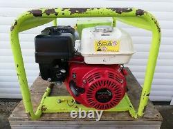 Pramac E4000, Générateur D'essence De 3,4 Kva Alimenté Par Honda, 110/230 Volt
